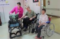200929車椅子贈呈2